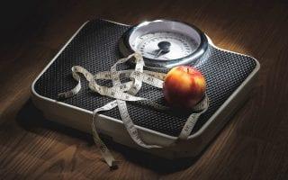 Body Positivity, Body Lie, Schönreden, physische Folgen, Folgeschäden, Gesundheit, Selbstliebe, Achtsamkeit, Übergewicht, Untergewicht, Verharmlosung, Mamablog, Puddingklecks