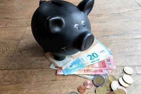 Ich werde häufig gefragt, wie wir uns die Kinder leisten können. Deswegen erkläre ich hier, wie wir unsere Großfamilie finanzieren.