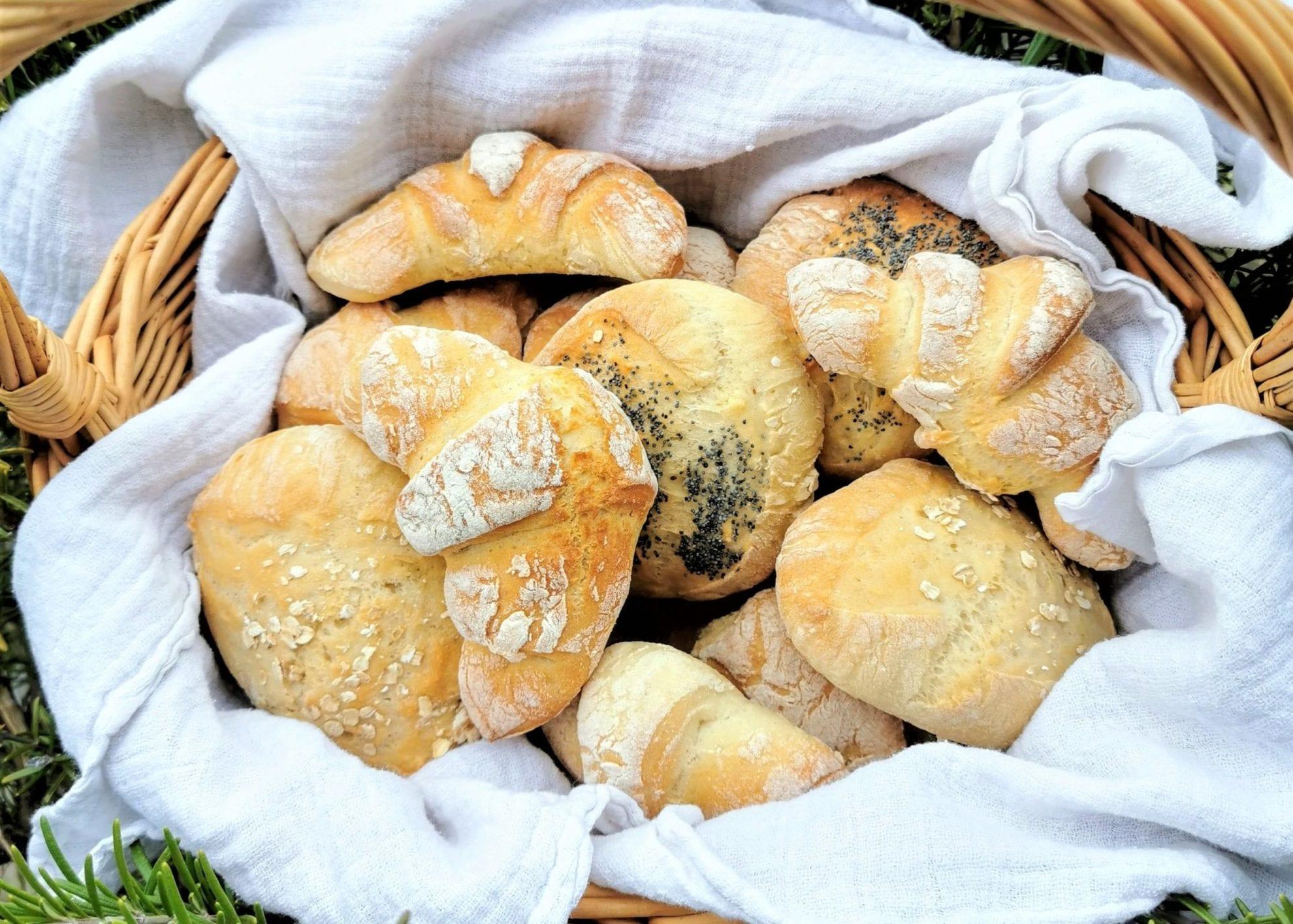 Brot, Brötchen, Hörnchen backen